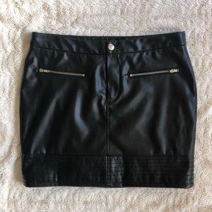 Victoria's Secret Faux Leather Mini Skirt XS
